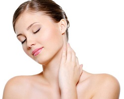 Tightening Aging Neck Skin with Forma
